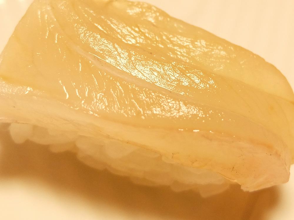 sushi poisson blanc