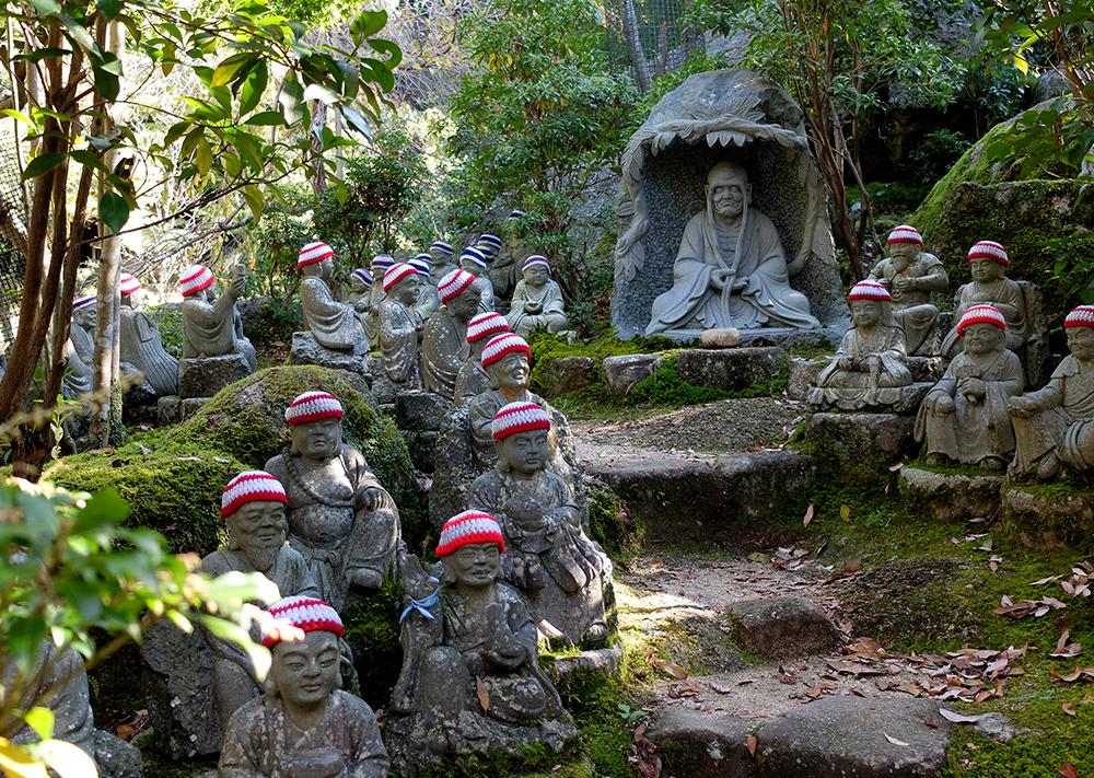 les 500 statues des disciples de Shaka Nyorai, Daisho-in, Miyajima