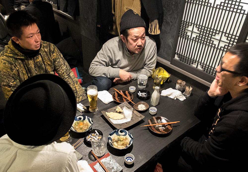 Tables horigotatsu 掘りごたつ dans l'izakaya Aitsuki あい月 Hiroshima