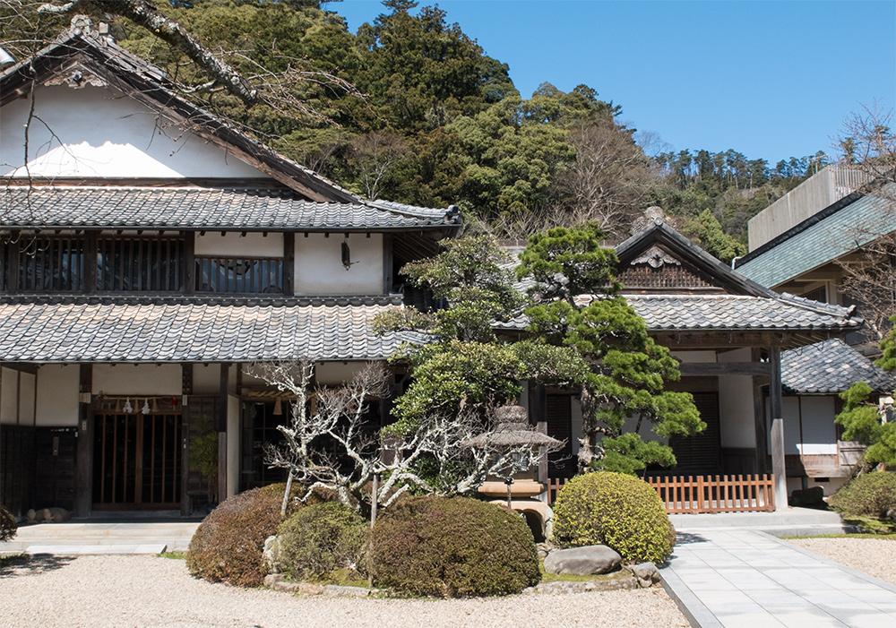 L'intérieur du Senge Kokusokan (千家国造館), la demeure du prêtre en chef d'Izumo Taisha