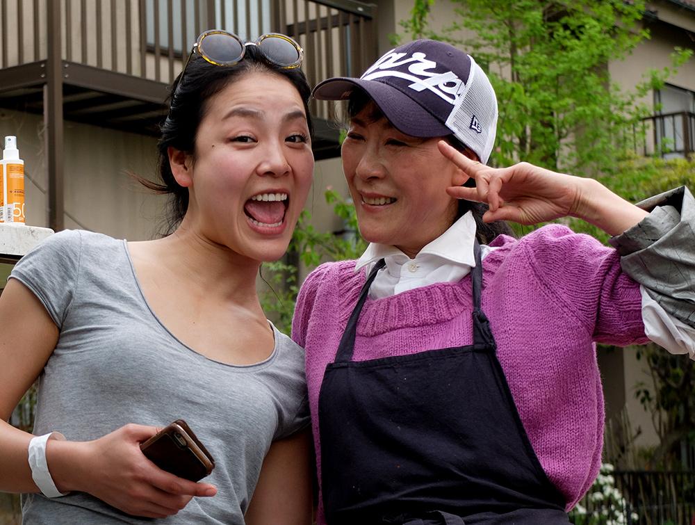 Mère et fille coréennes au Japon