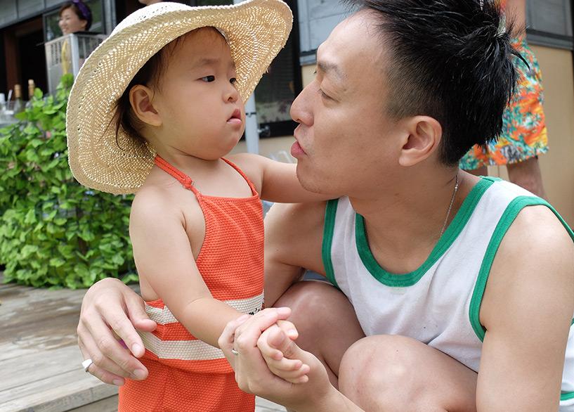 papa japonais avec sa fille