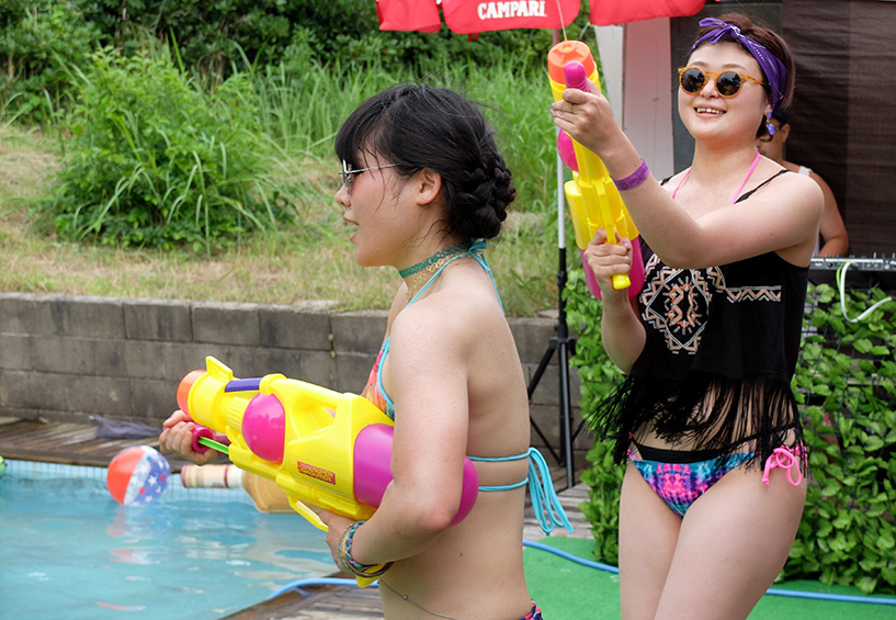 dancehall pool party japan