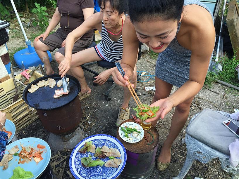 Samgyeopsal avec les légumes du jardin