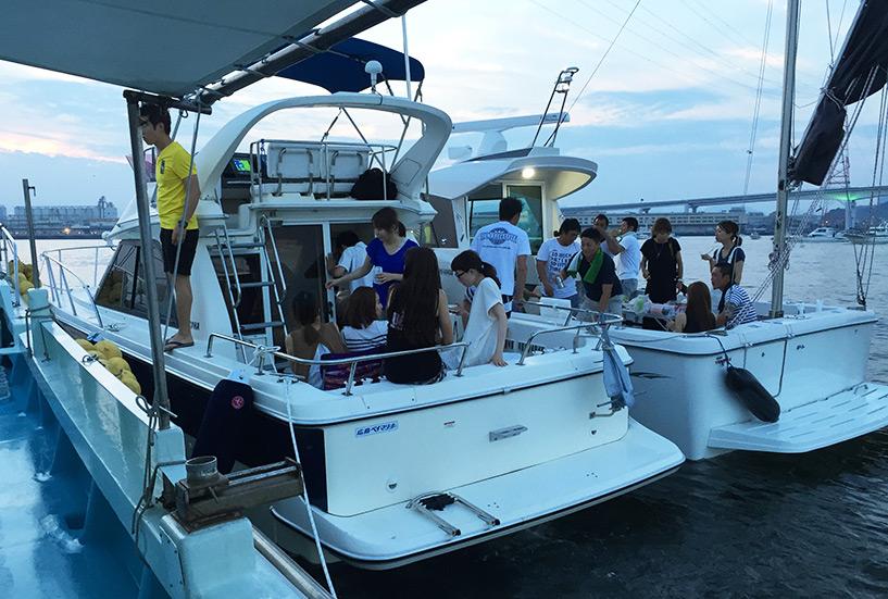 arrimage des 4 bateaux, apéro et barbecue