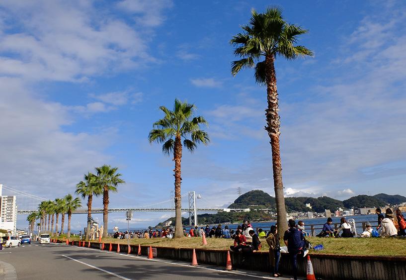 Le pont suspendu Kanmonkyo qui relie Honshu et Kyushu