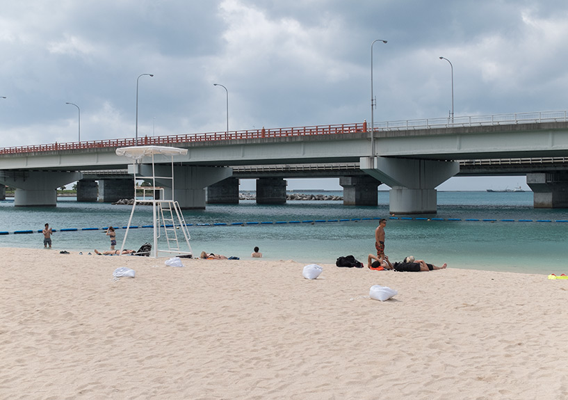 plage sous l'autoroute, Naminoue, Naha