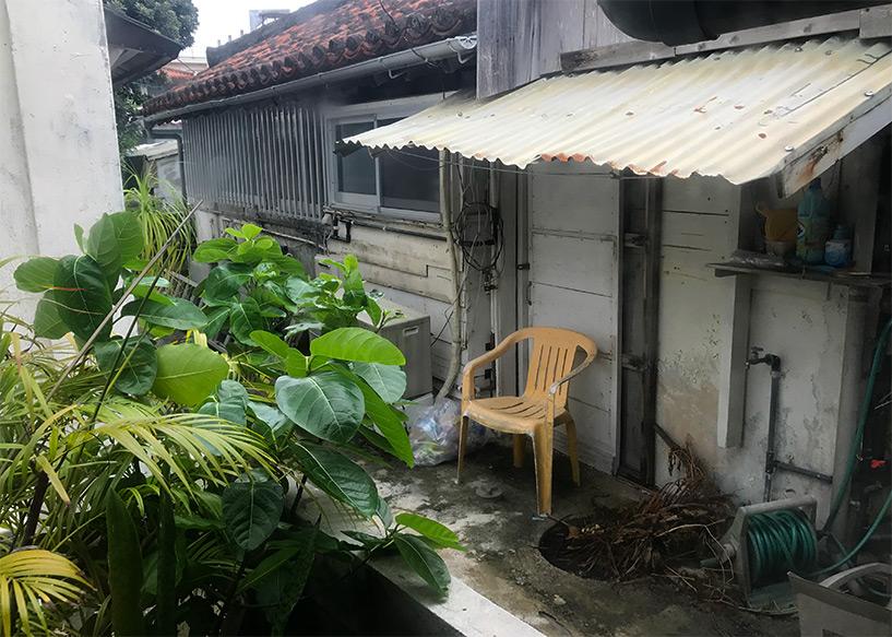 cour intérieur guesthouse Rakuten-ya, Ishigaki