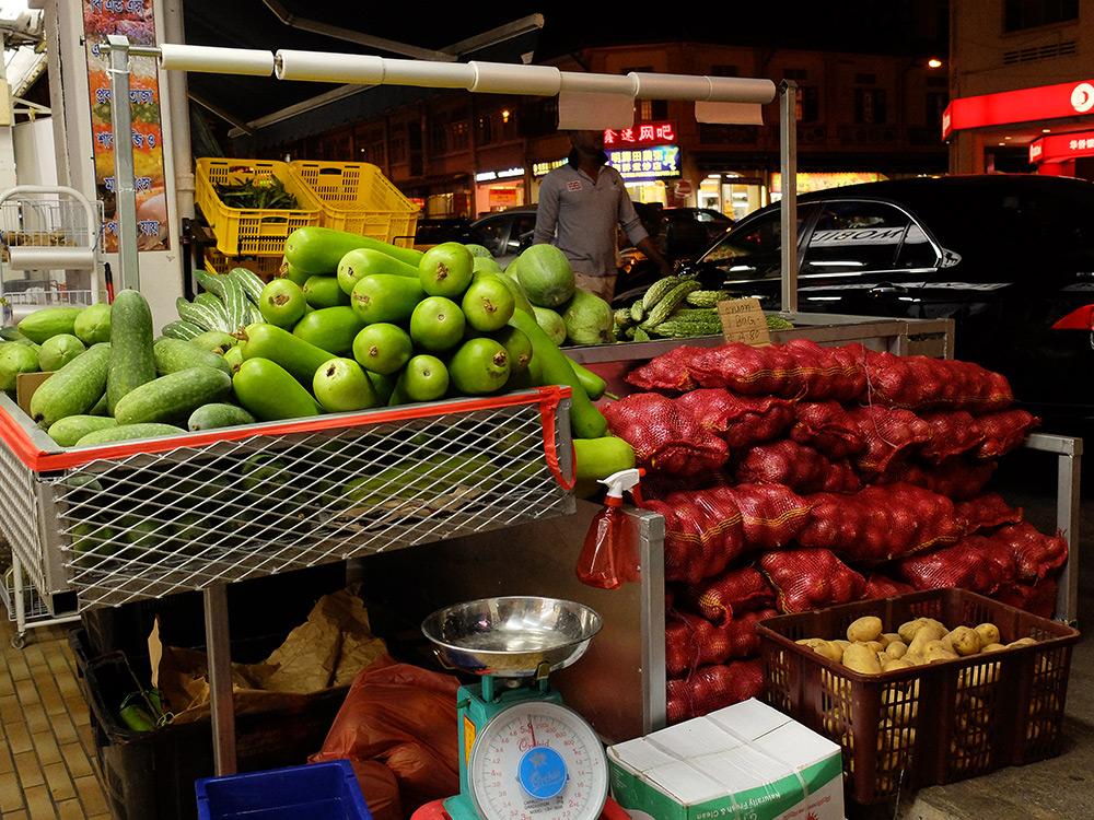 étal de fruits et légumes Geylang, Singapour