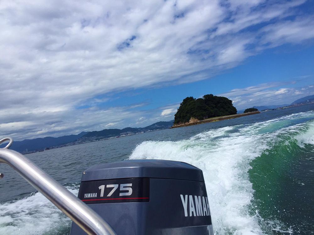 A bord d'un bateau dans le mer intérieure de Seto
