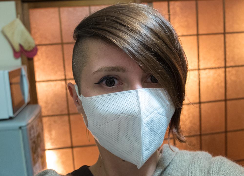 Jud à Hiroshima malade avec un masque