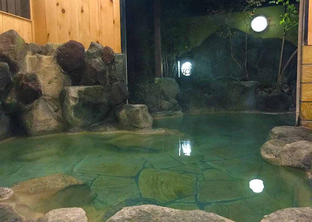 貸切風呂 kashikiri furo, bain que l'on peut réserver à Oyado Ichizen