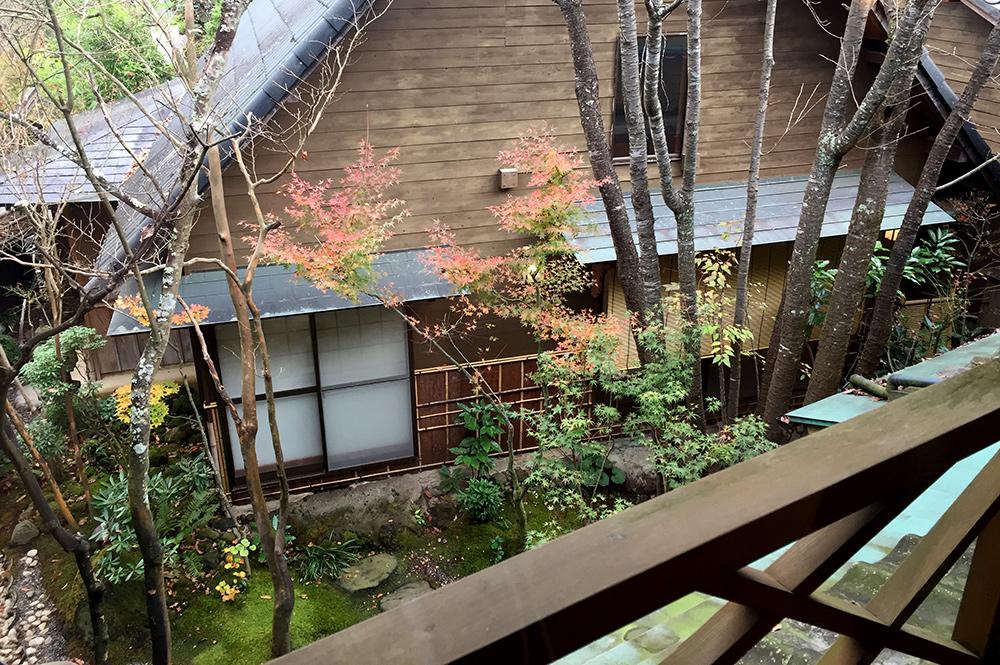 Jardin intérieur du ryokan Ichizen, Yufuinn