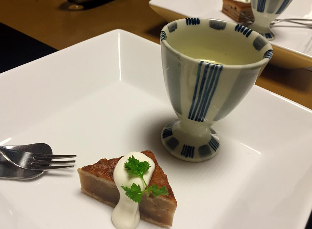 Soupe de haricot rouge à la patate douce, gâteau de marron au yaourt battu.