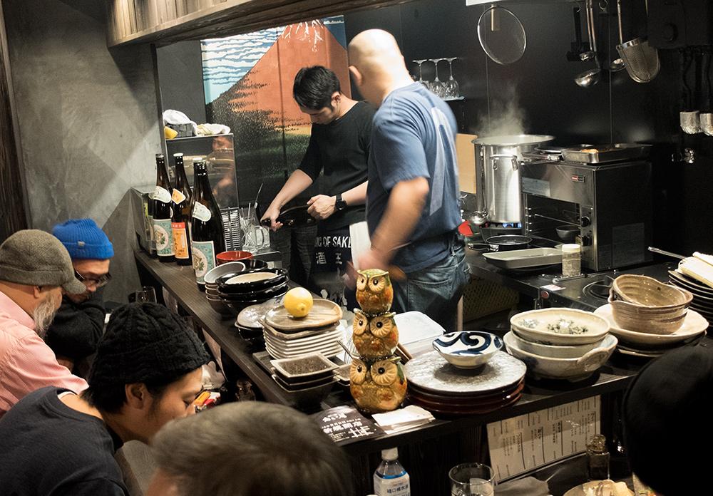 Open kitchen de de l'izakaya Aistuki (あい月) Hiroshima