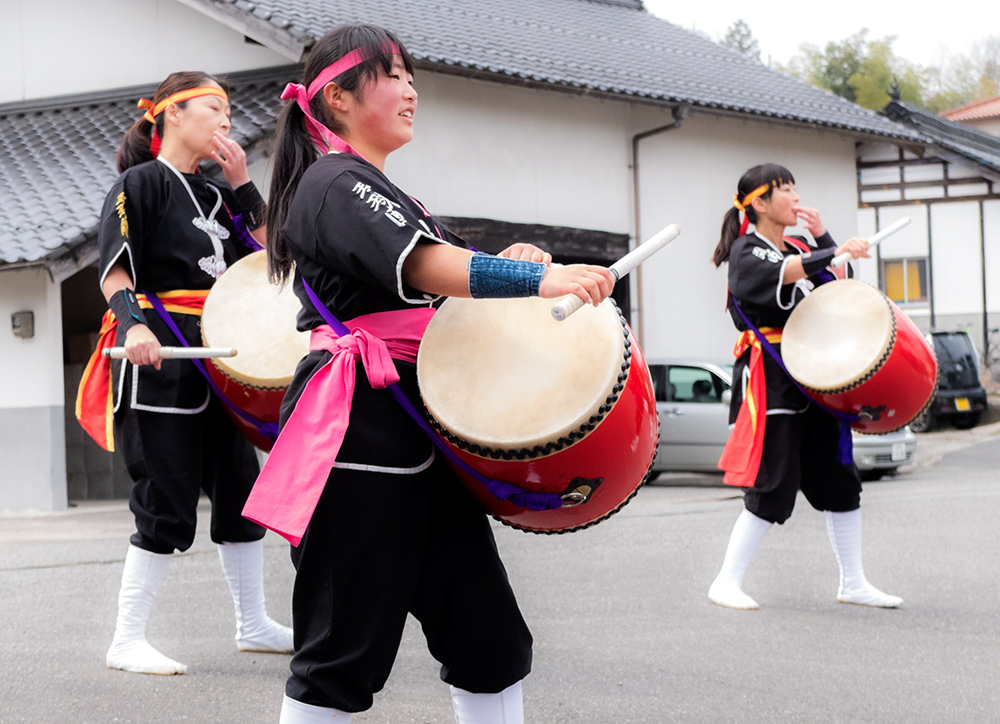 Spectacle de taiko, tambours japonais
