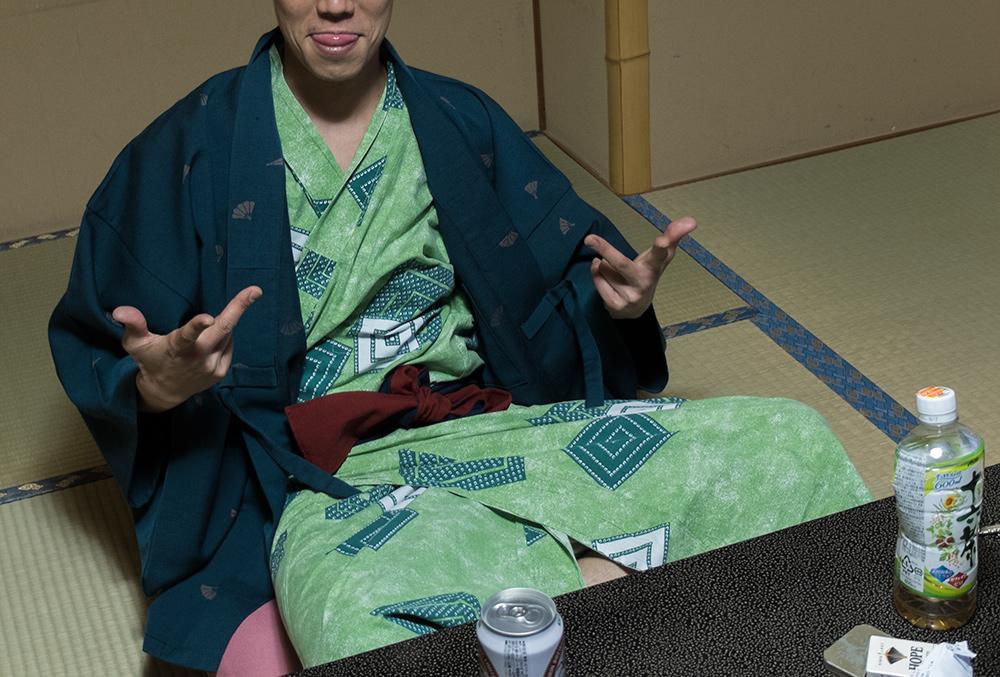 Le Gracieux en yukata, au ryokan