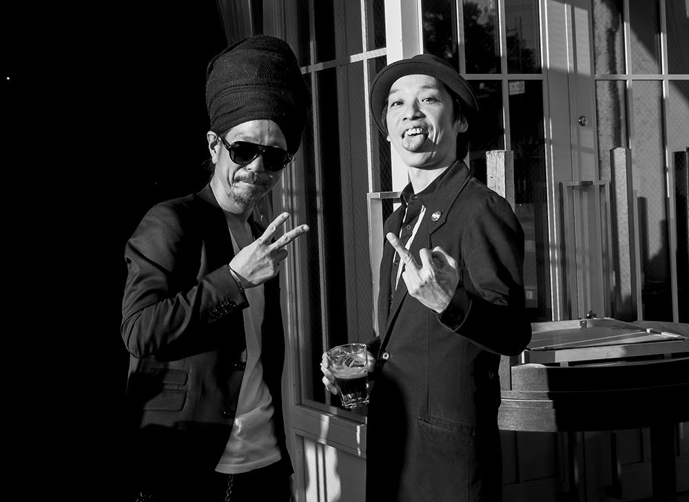 portraits de gens d'Hiroshima : Le chanteur et le batteur du groupe de hardcore Ace in The Hole, Hiroshima, Japon