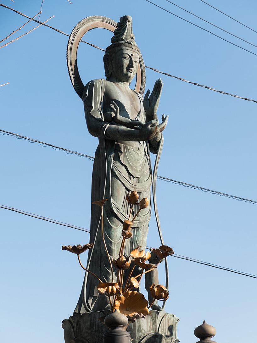statue bouddhiste sur la balade historique Futabanosato