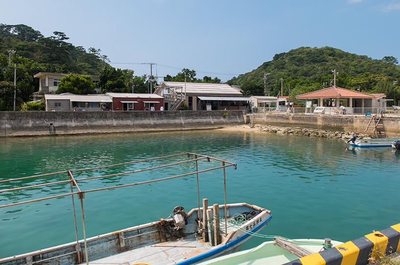 restaurant Funetchānu-ya ( ふねっちゃーぬ家 ) sur le port de Funauki, Iriomote