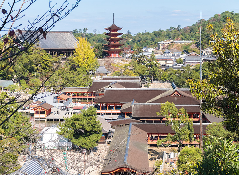 Itukushima jinja, sanctuaire sur pilotis Miyajima