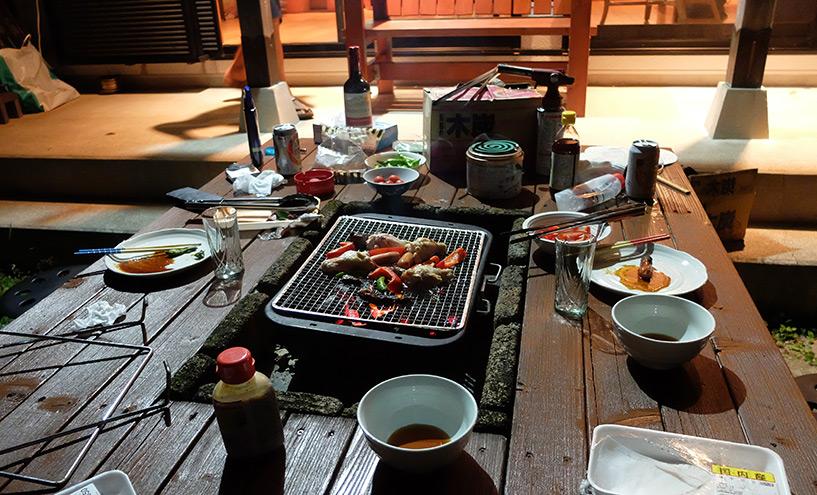 Barbecue sur la terrasse, Kaiyo-cho, Airbnb Japon